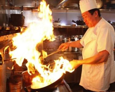 高級中華料理屋さんって - ラフな服装じゃまずいで …