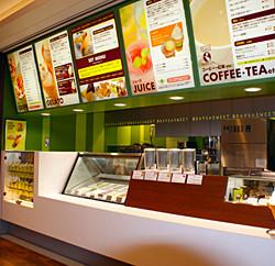 セルフスタイルカフェでは、接客販売や簡単なスイーツの調理をおねがいします。
