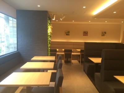 梅田のホテル内にある創作和食レストランで、サービススタッフとしてご活躍ください
