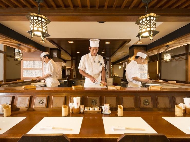 1975年創業。串揚げと日本料理のお店です。