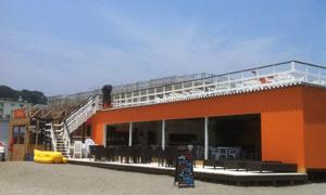 3ヶ月で100名超のエントリー!短期バイトの大量採用に成功 逗子海岸 海の家 オーシャンテラス ベルタ