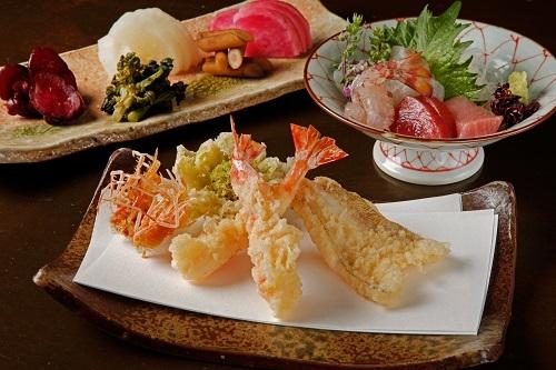 採用したのは、東京の日本料理店で調理長として活躍した経歴を持つ「期待の星」【有限会社福西】