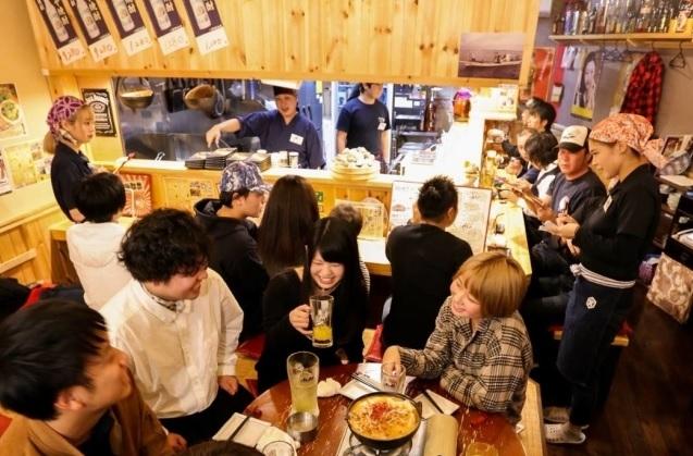 旨い・安い・楽しい!栃木県小山駅東エリアで人気の「大衆炉端かもめ屋」