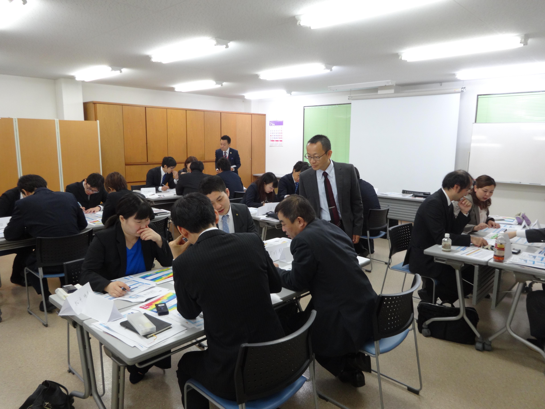 ゲーム形式の研修で、計数管理の知識向上!! 京都のお菓子屋さんで店舗運営マネジメントゲーム研修を開催!