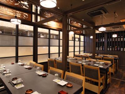 中国料理レストラン店内