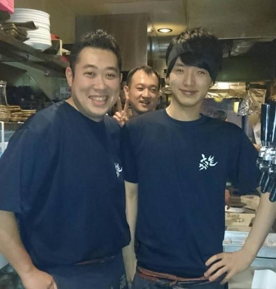 企業理念『日本に酔っぱらいを増やそう!』をタイトルに入れて大当たり!飲食経験ある4名を採用 / 株式会社 登坂