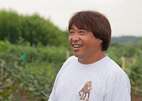 元オーナーシェフ。農業と移動販売業を手がける小松氏。
