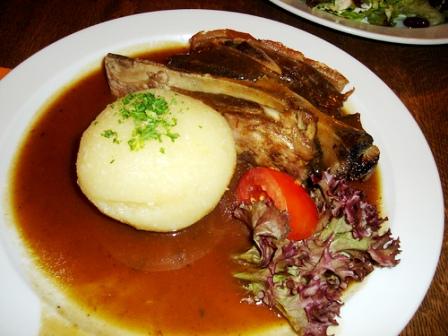 kartoffel_kloesse_beef