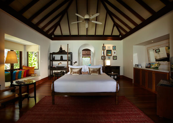 Beach_Pool_Villa_Bedroom_1-AKH_1307
