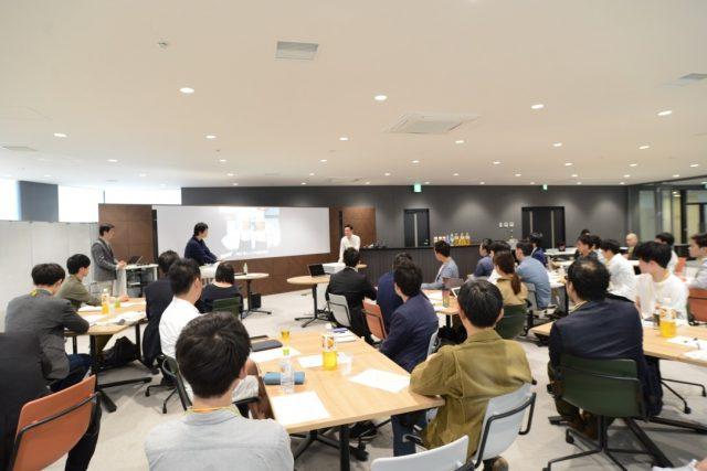 米田シェフと藪ノ賢次の対談に耳を傾ける聴衆2