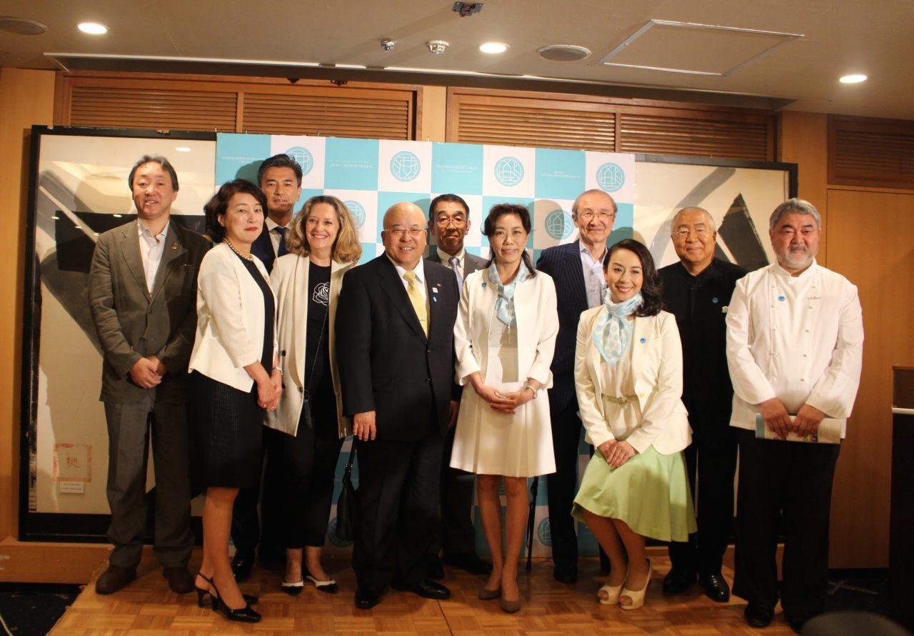 日本のSAKEとWINEを愛する女性の会 集合写真