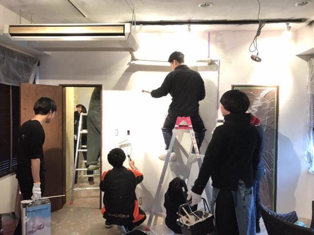 内装塗装作業