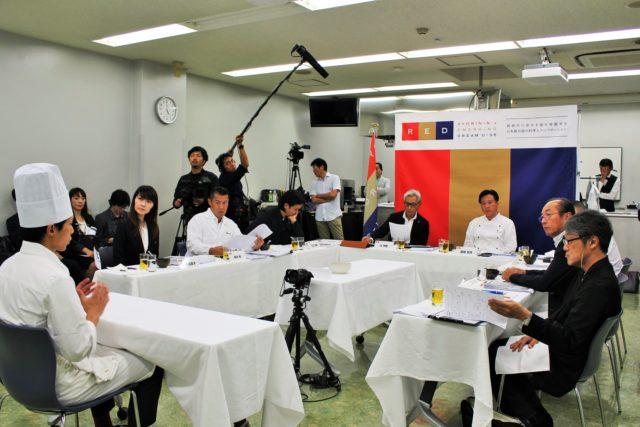 「レストランBio-s」本岡将さんの面談の様子の写真
