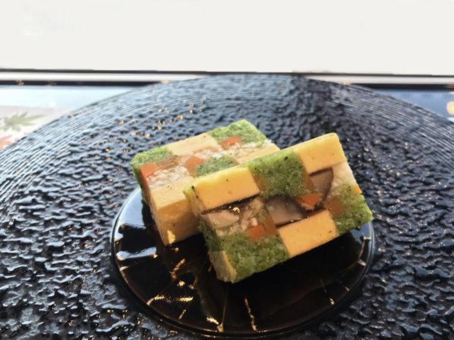 神奈川県 箱根湯本温泉 箱根花紋  「箱根の恵み 寄木仕立て」