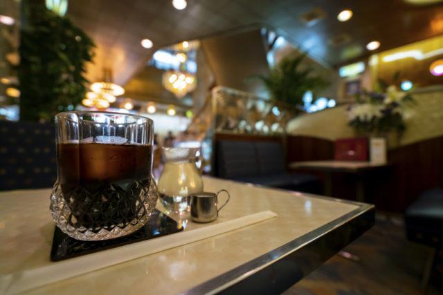 レトロな喫茶店のイメージ画像