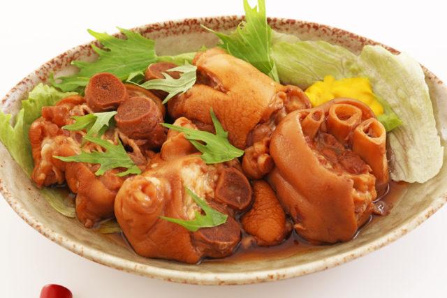 沖縄伝統料理の豚足テビチの画像