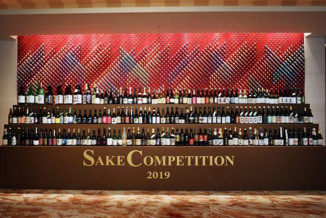 入賞した全てのお酒が陳列している写真