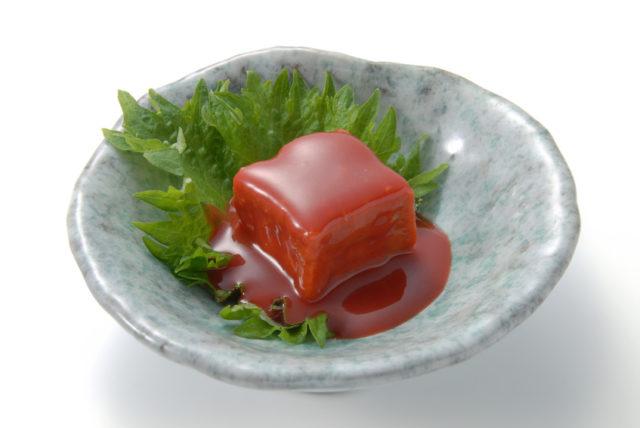 赤色の豆腐ようの画像