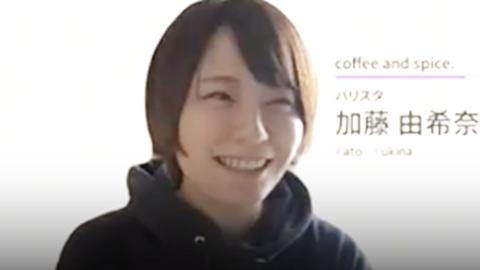 笑顔の加藤さんの写真
