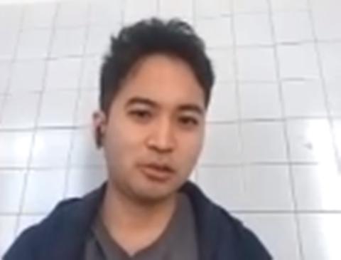 真剣な表情の川崎さんの写真