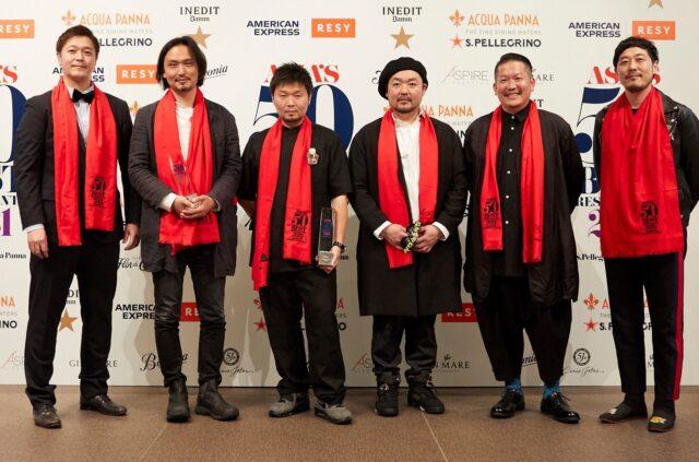 受賞者6名の集合写真
